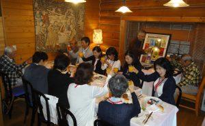フレンチカフェレストラン亜絲花にて、まずは乾杯